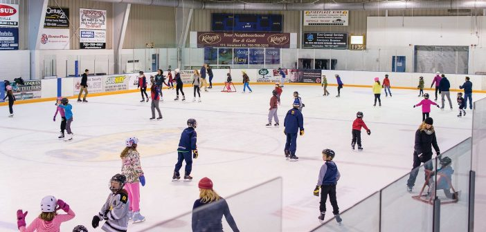 Family skates are a great way to get the whole family active (Photo: Town of Huntsville)