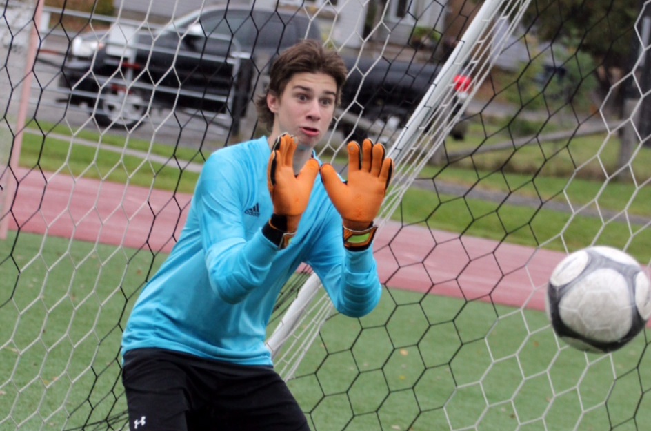 Jack Armstrong, who plays keeper for the HHS Hoyas and Huntsville Strikers, squares to a shot during practice earlier this season