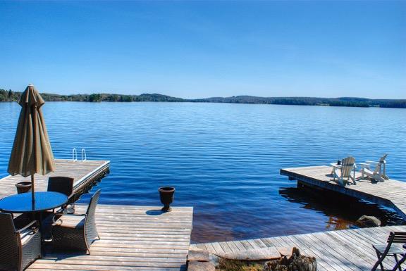 fairy-lake-cottage-for-sale-15-docks