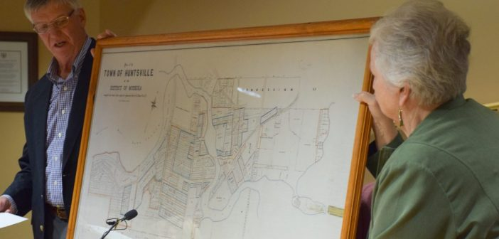 Former lawyer and Lake of Bays Mayor Tom Pinckard gifts 1901 survey of Huntsville to the Town