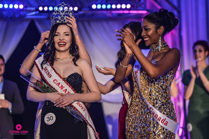 Ciara Thompson is crowned Miss Canada (Photographer: Stéphane Leroux)