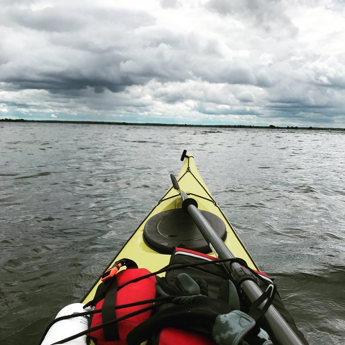 On the water is a favourite place for Séan McCann (Photo: @seanmccannsings / Twitter)