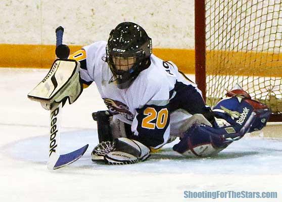 Huntsville Otters #20 goalie Fletcher Elliott secured a shutout.