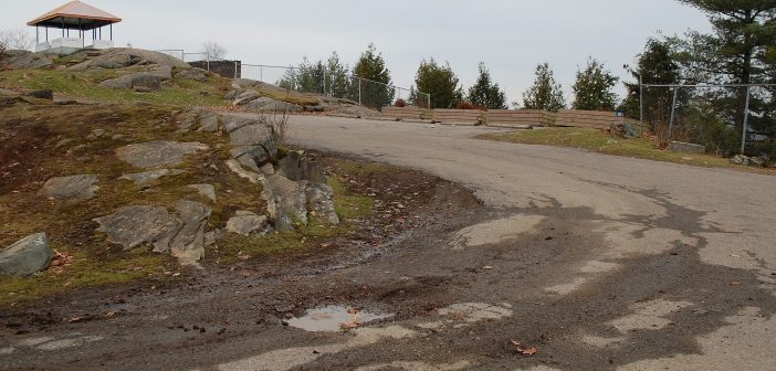 Town staff will repair the road and remove the planters at Lions Lookout in the spring of 2018