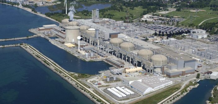 Aerial view of the Pickering nuclear plant (Photo: Dick Loek/CP)