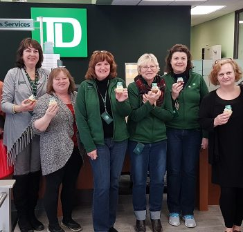 Main Street merchants and TD Canada Trust staff say farewell over cupcakes