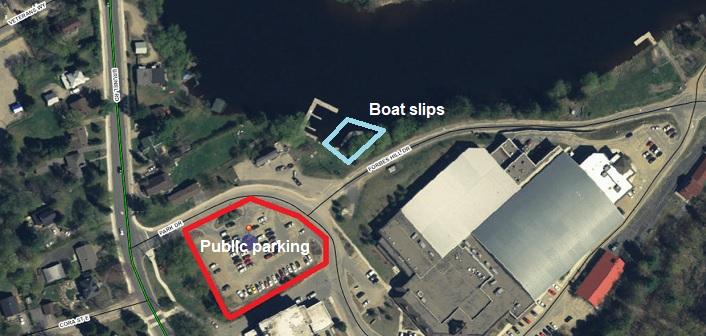 Memorial Park dock and parking