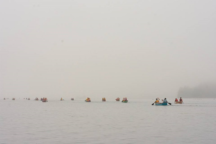 Paddlers got off to a foggy morning start, but the haze soon lifted to reveal blue skies (Photo: Randy Mitson)