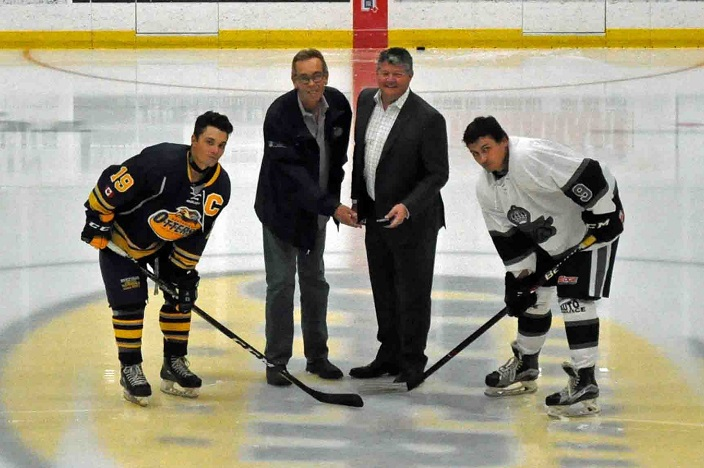 Jr C Otters ceremonial puck drop with Mayor Scott Aitchison to start the 2018/19 season