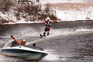 Santa water ski show Kearney (Photo: Roger Simmons via townofkearney.ca)