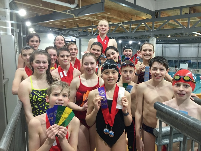 All of MUSAC's regional swimmers with their awards (supplied)