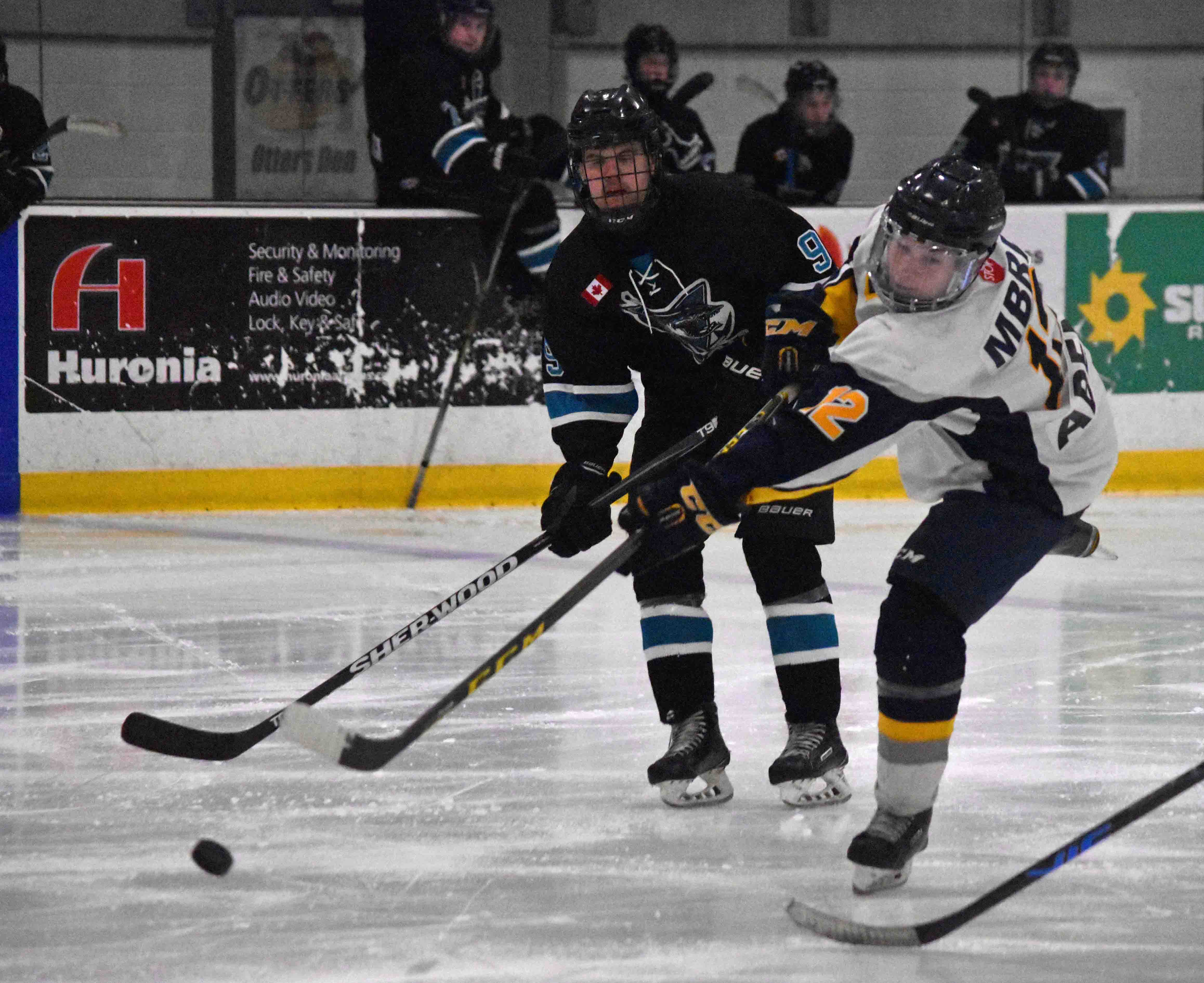 The MBRP Major Midget Otters ousted the Lindsay Muskies in the semi-finals