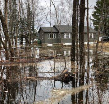 This property on Ravenscliffe Road near the south end of Buck Lake is one of many affected by flooding (Photo: Tamara Bernier Evans)