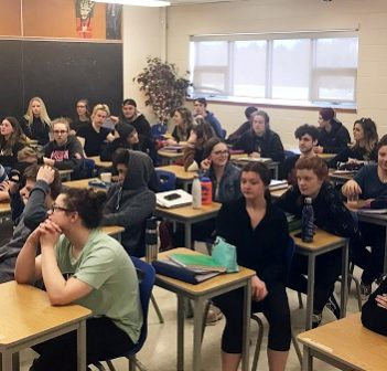 Larger class sizes, as demonstrated by these HHS students, would result in less one-on-one time with teachers (Photo courtesy of Zach Belfry)