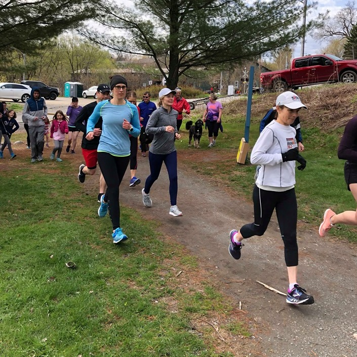 The 5k parkrun route starts at Avery Beach and heads west along Hunters Bay Trail