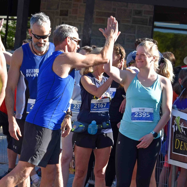 Runners at the start of the 10k were asked to 'look left, look right, and high five your neighbour'