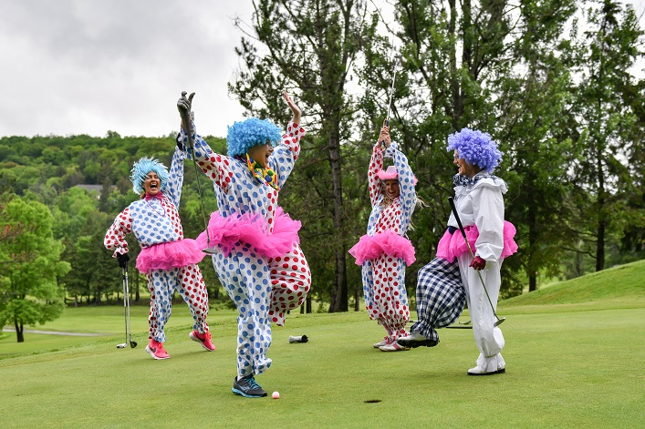 No clowning around! There's always something to get exited about at Golf Fore the Girls (Photo: Kelly Holinshead)