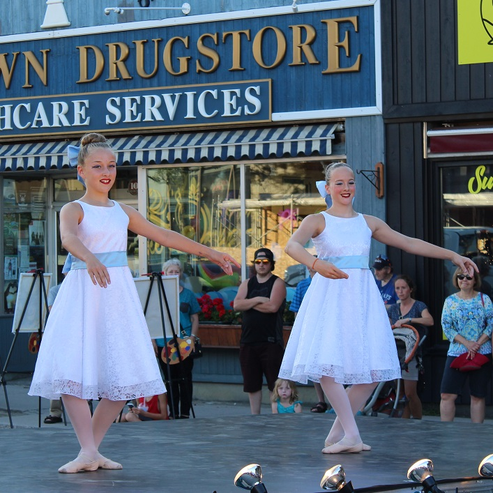 These ballerinas from Muskoka Dance Academy added a touch of grace to the festivities