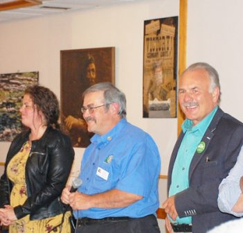 (From left) Tom Young (NDP), Trisha Cowie (Liberal), Rotarian Peter Redwood, Gord Miller (Green) and Scott Aitchison (Conservative) at the Legion on Wednesday