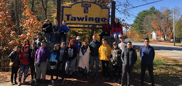 Students from Tawingo College welcomed their peers from Deh Gáh School in the N.W.T for a week-long exchange (Fraser McTurk)