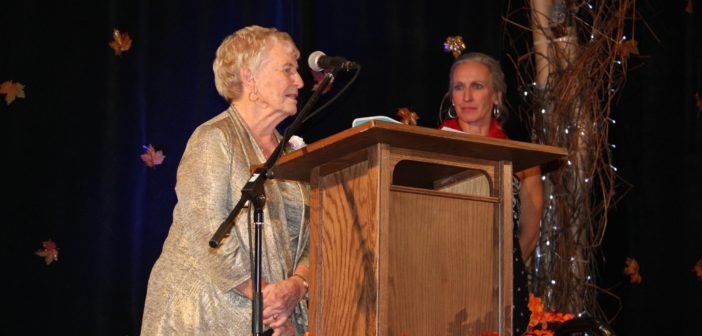 Diane Litchfield addresses guests at the 2019 YWCA Muskoka Women of Distinction Gala (Mandy Litchfield)