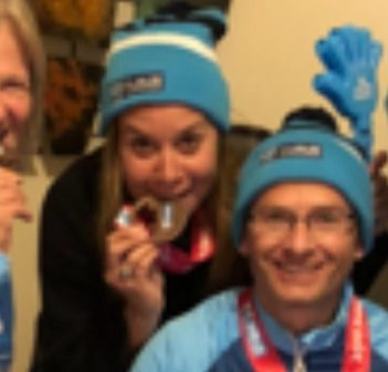 (From left) Susan Bobyk, Carmen Austrup and Jenny Gibson, with Bobyk's brother Mike Stayner, at the 2019 Dublin Marathon (supplied)