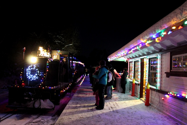 After visiting Santa, it's time to board the Portage Flyer for the return trip.