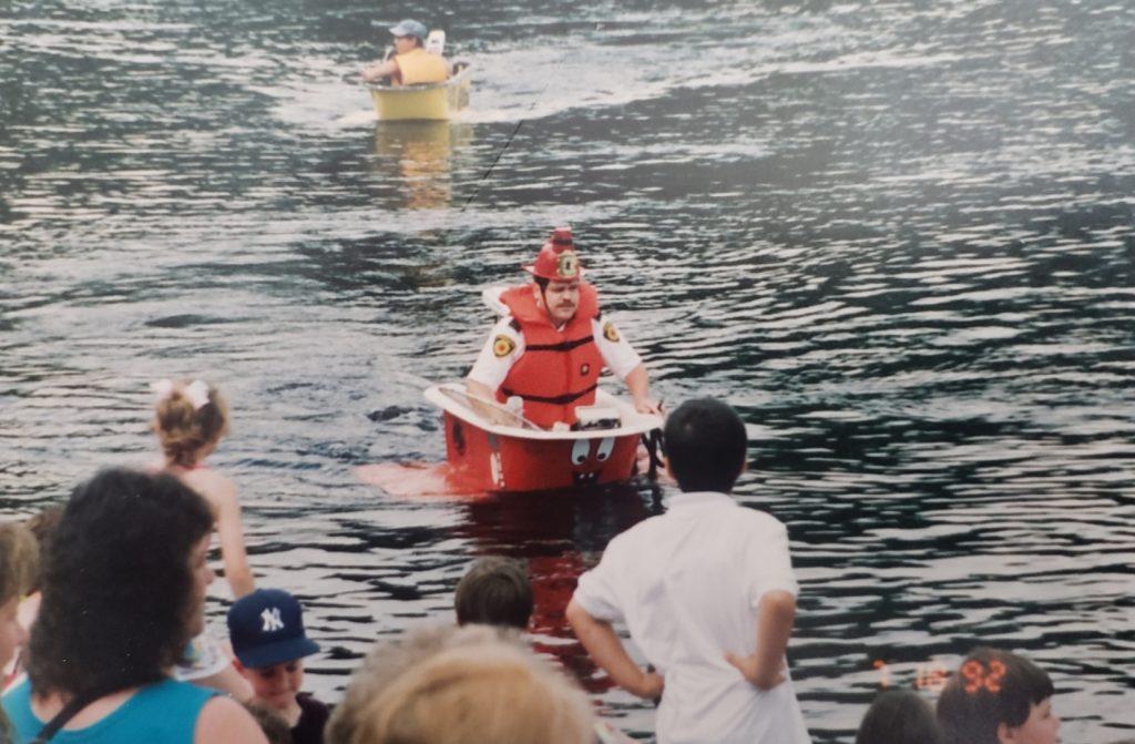 Steve Hernen in the bathtub races (Courtesy of Steve Hernen)