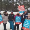 Teachers on the picket line at Pine Glen P.S. on Jan. 21, 2020 (Laura MacLean)