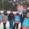 Teachers on the picket line at Pine Glen P.S. on Jan. 21, 2020 (Laura MacLean)